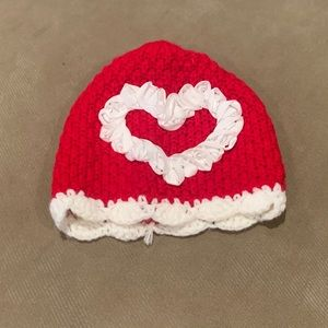 Infant 3-6mo Heart Hat ❤️Perfect for V-Day❤️
